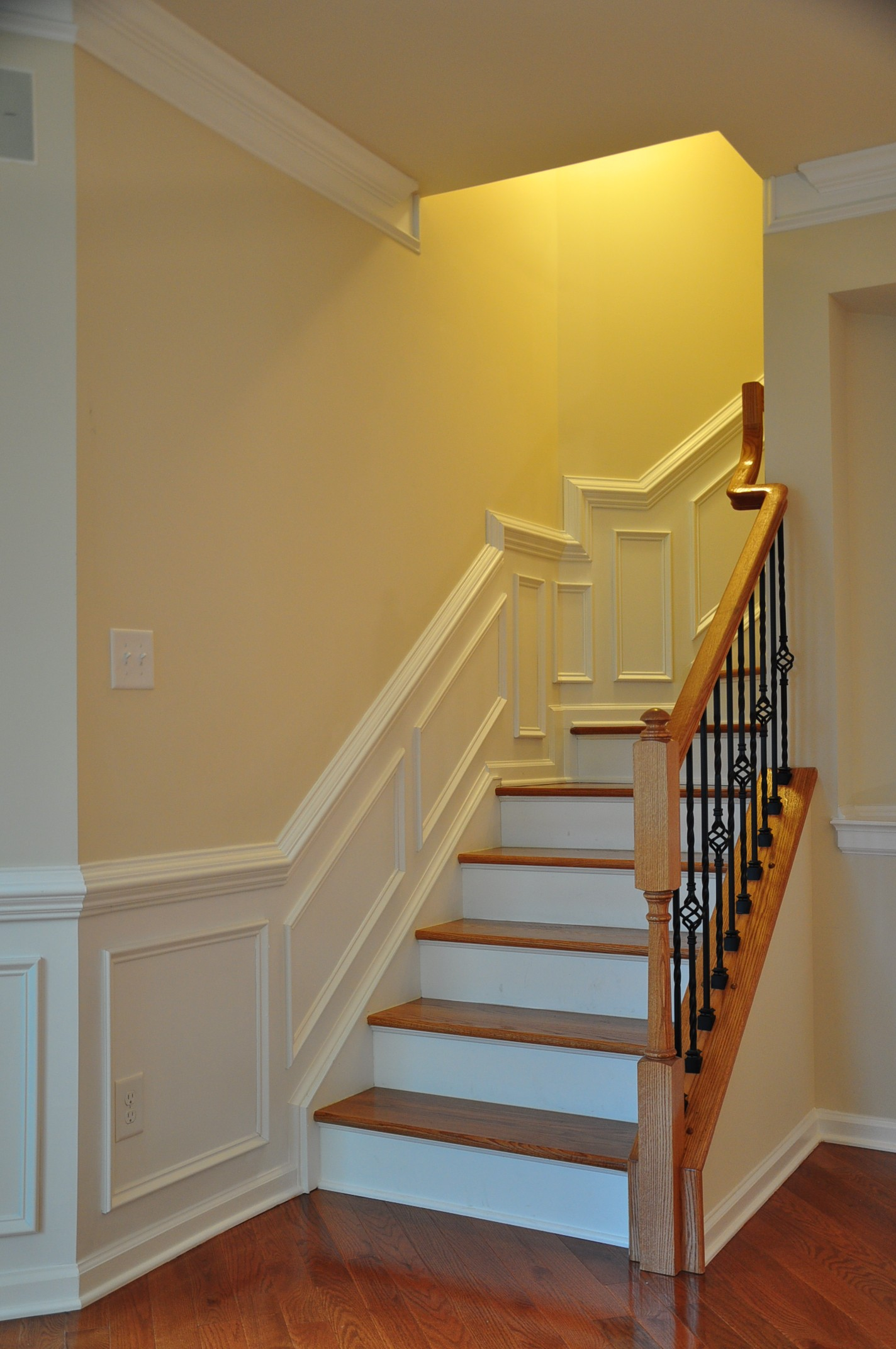 Amazing Finish And Trim Carpenters For Crown Molding And Iron Balusters In Richmond  Va.